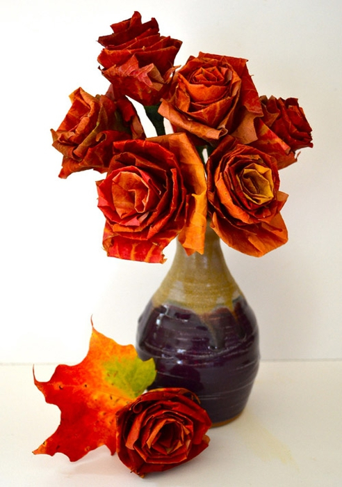 79177015_3911698_1diy_leaf_rose_intro